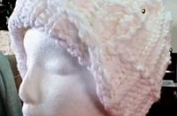 Loom Knit An Owl Hat