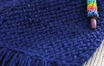 Loom Knit an easy scarf
