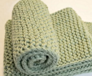 Loom Knit A No Curl Scarf the easy way.