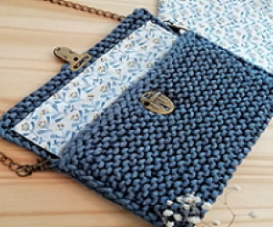 Loom Knit A Clutch Purse